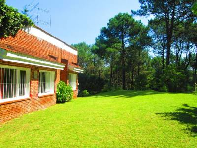 Casa en venta en la zona de Club del Golf