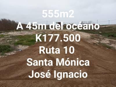 Terreno en venta en la Juanita a pasos del mar
