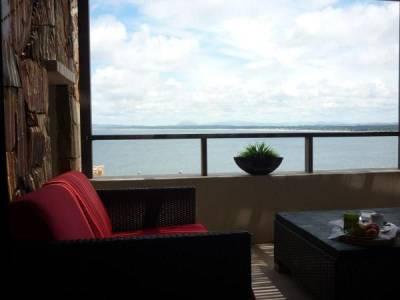 Apartamento en Punta Ballena, 4 dormitorios *