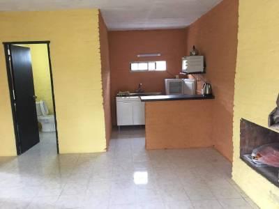 Sauce de Portezuelo - Casa chica nueva con piscina en zona proxima al mar.