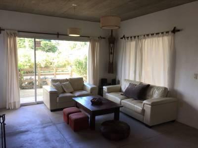 ALQUILER EXCELENTE PROPIEDAD LA BARRA 3 dormitorios Aire acondicionado alarma
