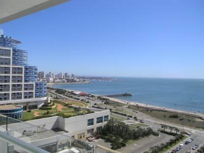 departamento en torre de categoria con todos los servicios , excelente vista al mar , living comedor , cocina ,2 dormitorios , 2 baños en suite , toilette , balcon con vista  al mar