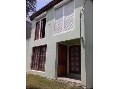MALDONADO, casa de dos plantas, zona ideal vivienda permanente
