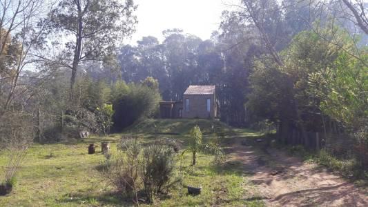 Cabaña ubicada en la zona de El Tesoro, con excelente entorno super tranquilo!!!
