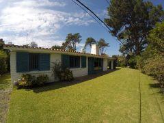 Casa De Excelente Construcción En Parada 8 Punta Del Este